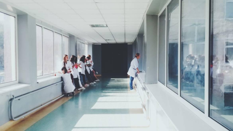 Diferencias entre Hospitalización de carácter público y Hospitalización privada